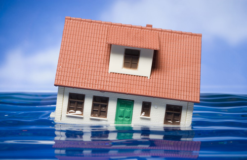 ¿Cubre el seguro del hogar los escapes de agua?